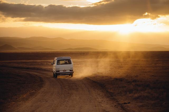 Czym najodpowiedniej podróżować do pracy czy na wakacje własnym środkiem przewozu tak czy nie?